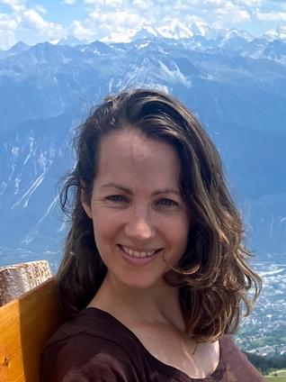 Professionnel en Ayurvéda, Aecherli Nadine, Boudry & Neuchâtel